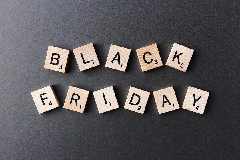 Listopadowe szaleństwo zakupów rozpoczęte. Co musisz wiedzieć o Black Friday?
