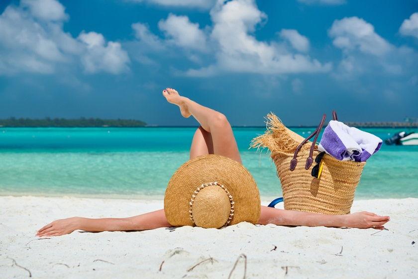 Zadbaj o aksamitną gładkość Twojej skóry. Golarka czy depilator – jaką metodę wybrać?
