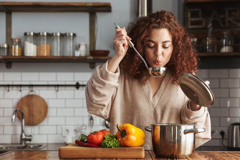 Gotuj jak profesjonalista. Podpowiadamy, jakie garnki kupić do kuchni
