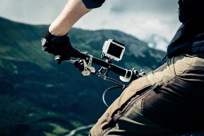 Jaka kamera sportowa będzie najlepszym wyborem? Sprzęt nie tylko dla miłośników sportu