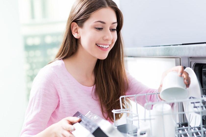 Jaka zmywarka będzie najlepsza do Twojej kuchni? 6 rad, które ułatwią zakup