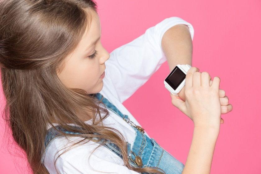 Jaki smartwatch dla dziecka wybrać? Krótki poradnik