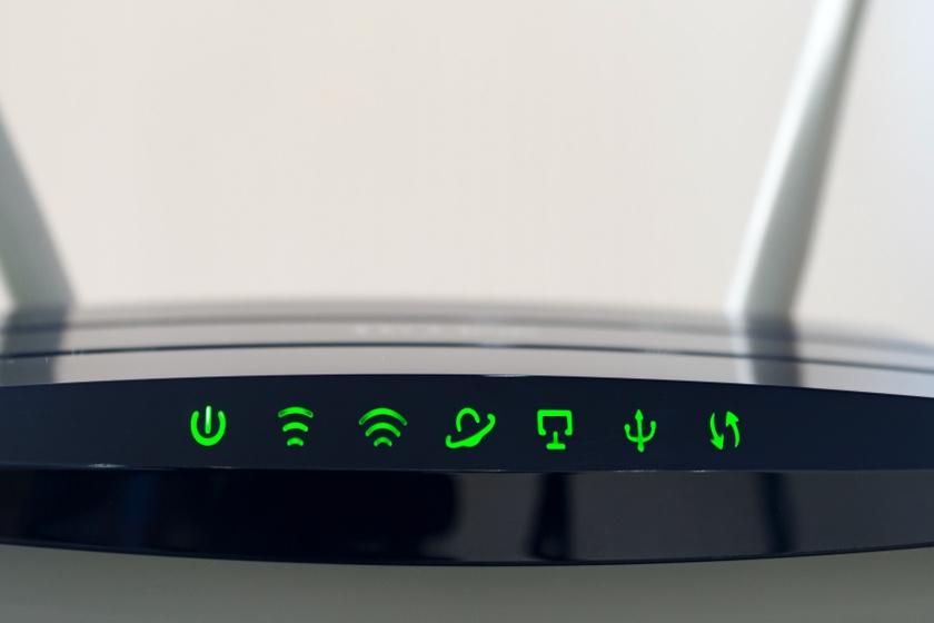 diody w routerze