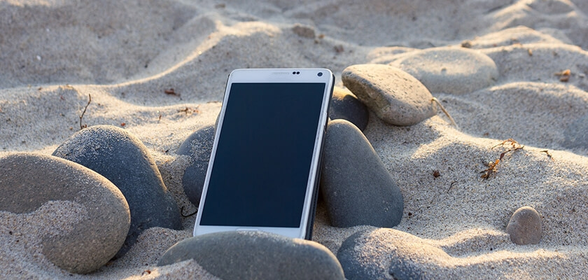telefon na piasku